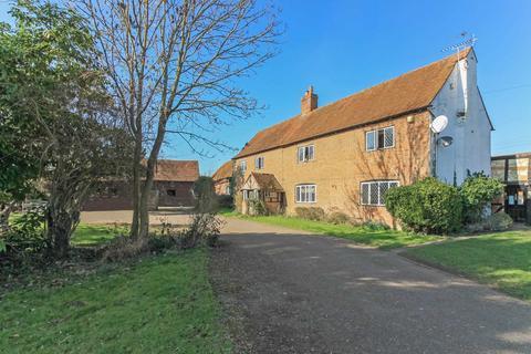 5 bedroom farm house for sale - Rowsham