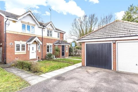 3 bedroom semi-detached house for sale - Byewaters, Watford, Hertfordshire, WD18