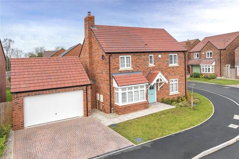 4 bedroom detached house for sale - 8 Barnfield Close, Church Aston, Newport, TF10