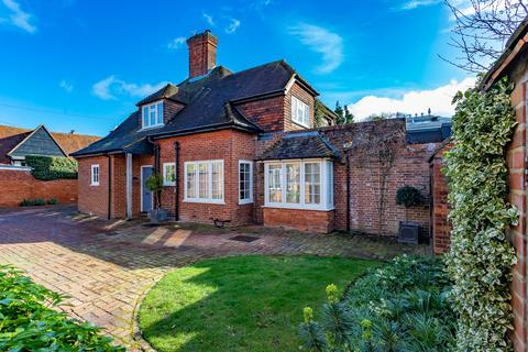 4 bedroom country house for sale - Littlewick Green