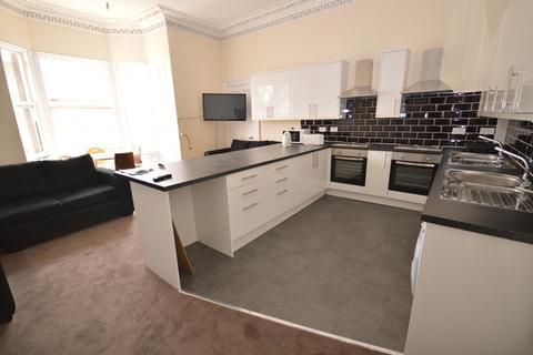 7 bedroom flat to rent - Bernard Terrace, Edinburgh, EH8 9NU