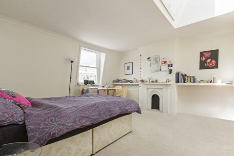 Studio To Rent Cranley Gardens South Kensington London Sw7
