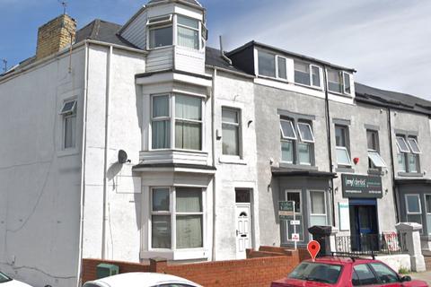 9 bedroom terraced house for sale - Dean Road, South Shields, NE34 4AR