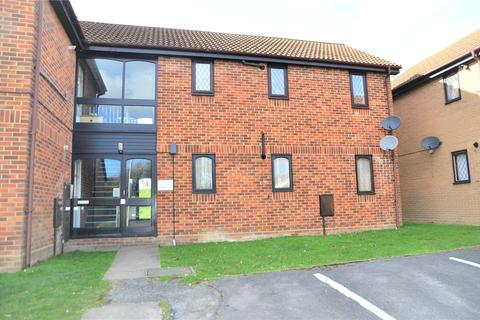 1 bedroom apartment for sale - Ashmere Close, Calcot, Reading, Berkshire, RG31