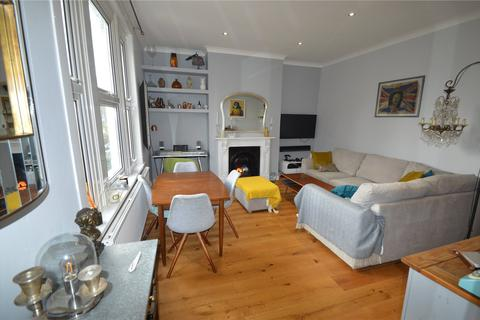 2 bedroom apartment to rent - Date Street, London, SE17