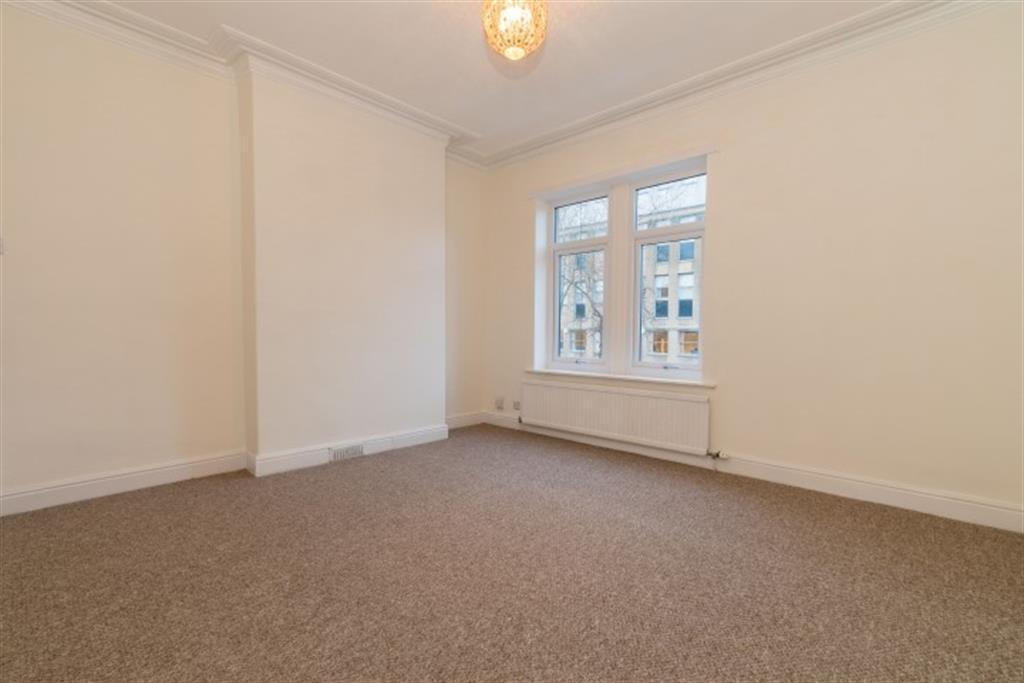 Church Lane Pudsey Ls28 7rf 3 Bed Terraced House To Rent