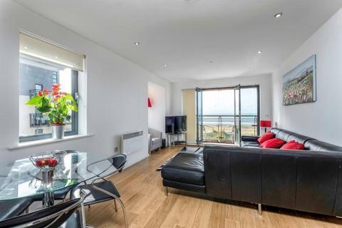 2 bedroom apartment to rent - st christophers court, maritime quarter, swansea,