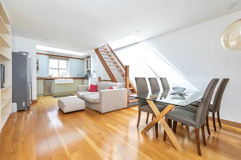 2 bedroom mews to rent - Stewarts Grove, South Kensington, SW3