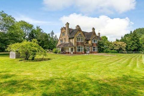 6 bedroom semi-detached house for sale - Philpots Lane, Hildenborough, Tonbridge, Kent, TN11