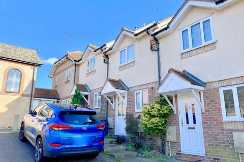 2 bedroom terraced house for sale - Chiltern Close, Colchester