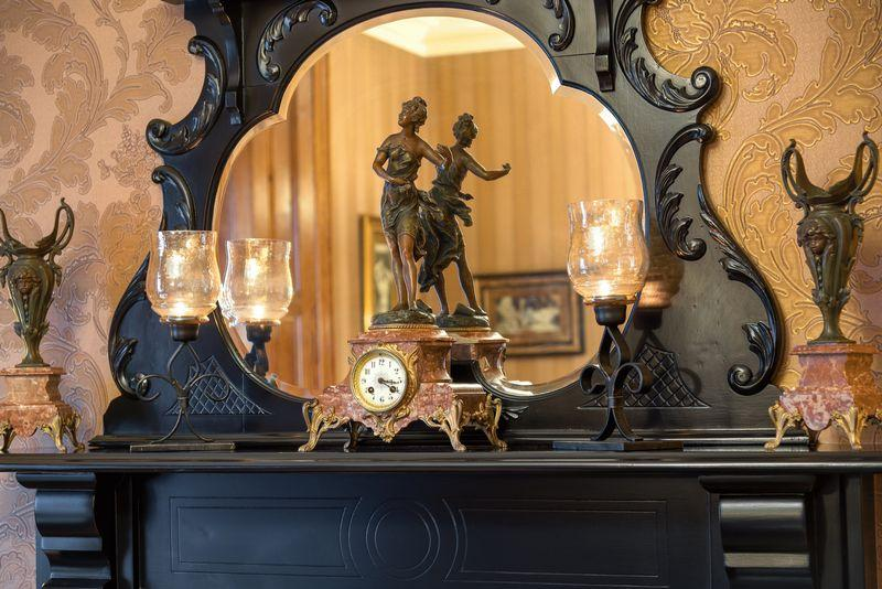 Dining Room detail,