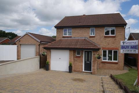 4 bedroom detached house for sale - Easby Close, Bishop Auckland