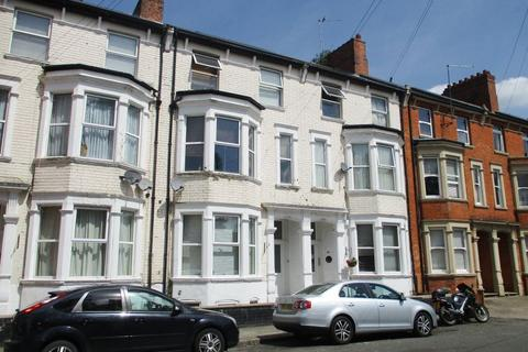 1 bedroom flat to rent - THE MOUNTS - FURNISHED STUDIO FLAT