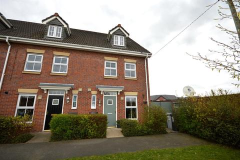 3 bedroom townhouse for sale - Wisdom Walk, Sandbach