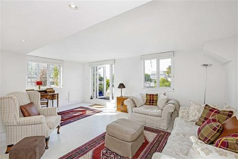 4 bedroom penthouse for sale - Metro Central Heights, Elephant  Castle, London, SE1