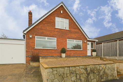 2 bedroom detached bungalow for sale - Belper Crescent, Carlton, Nottinghamshire, NG4 3RQ