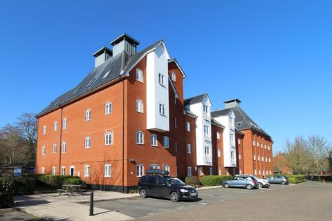 2 bedroom apartment for sale - Old Maltings Approach, Melton, Woodbridge  IP12 1AE