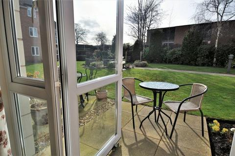 1 bedroom apartment for sale - Bernard Court, Chester Road, Holmes Chapel