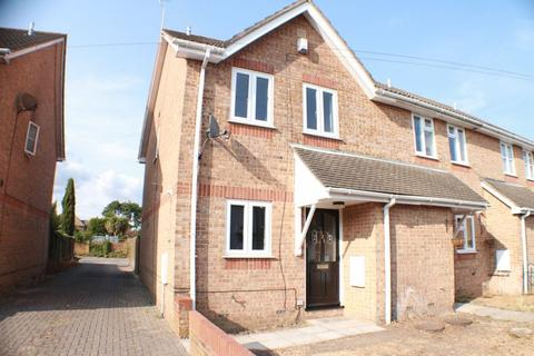 3 bedroom house to rent - Obelisk Road, Southampton