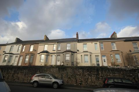 2 bedroom flat to rent - Old Laira Road, Laira, Plymouth