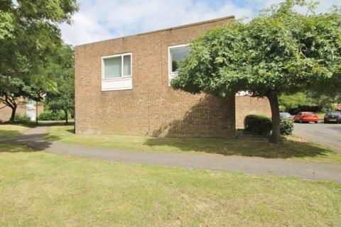Studio for sale - Bristol Close, Stanwell, Middlesex, TW19