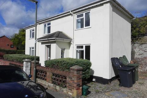 6 bedroom detached house to rent - Kings Road, Guildford, GU1 4JW