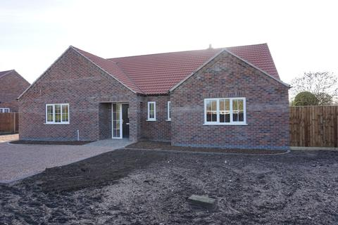 3 bedroom detached bungalow for sale - North Road, Tattershall Thorpe