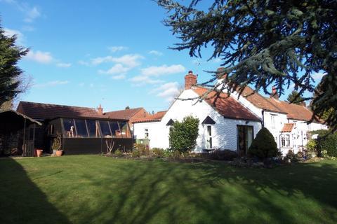 3 bedroom cottage for sale - Cow Lane, Tealby, Market Rasen