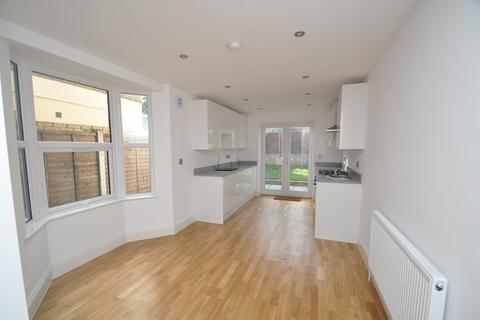 3 bedroom terraced house to rent - High Road Leytonstone, Leyton