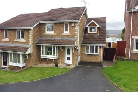 3 bedroom semi-detached house for sale - Potters Field, Aberdare
