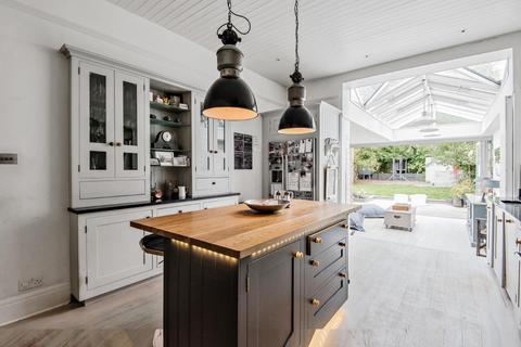5 bedroom semi-detached house for sale - Criffel Avenue, Balham