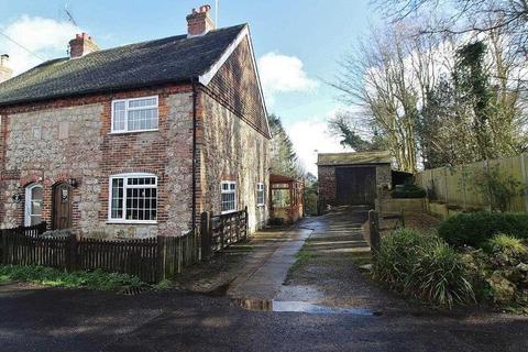 3 bedroom cottage for sale - The Street, Lympne, Kent,CT21