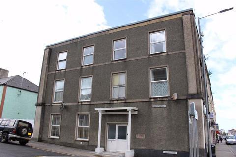 2 bedroom flat for sale - Laws Street, Pembroke Dock