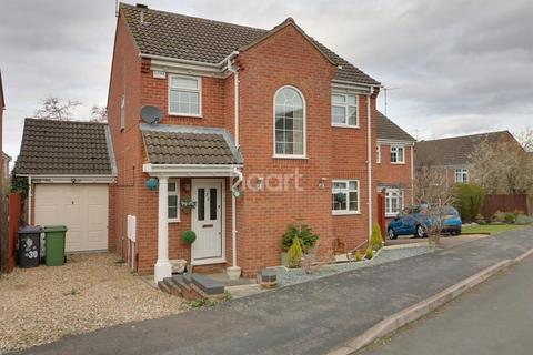 3 bedroom detached house for sale - Wentworth Avenue  Gleneagles  Wellingborough