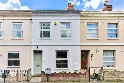2 bedroom terraced house to rent - St James Place, Cheltenham, GL50