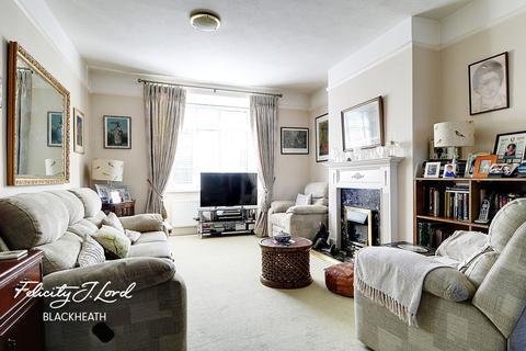 4 bedroom terraced house for sale - Eastcombe Avenue, Charlton, SE7