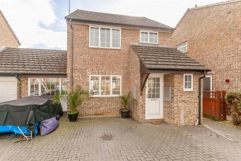 3 bedroom link detached house for sale - Oakfield Road, Carterton, Oxon