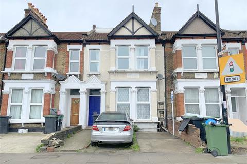 3 bedroom flat to rent - Brownhill Road, Catford, London, SE6 2HF