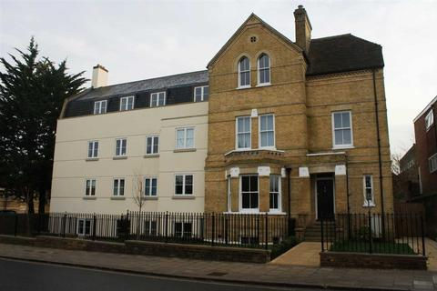 2 bedroom apartment to rent - Apartment 4, 211 New London Road, Chelmsford