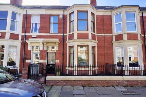 3 bedroom terraced house for sale - Armstrong Avenue, Heaton