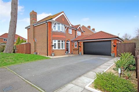 4 bedroom detached house for sale - Minster Close, Bridlewood, Wiltshire, SN25