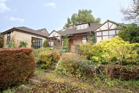 4 bedroom detached bungalow for sale - Upper Ley, Box
