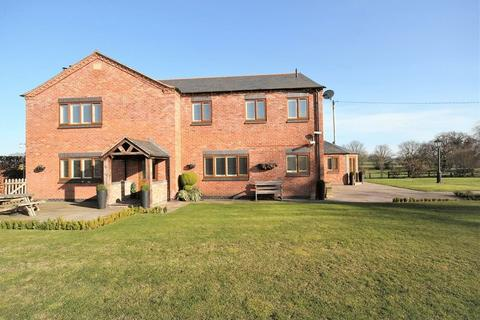 7 bedroom country house for sale - Coton, Whitchurch