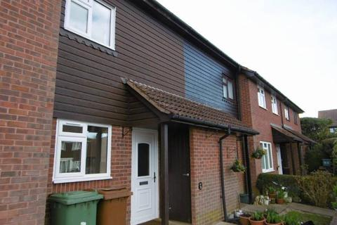 2 bedroom terraced house to rent - Kirby Close, Cranbrook, Kent TN17 3DE