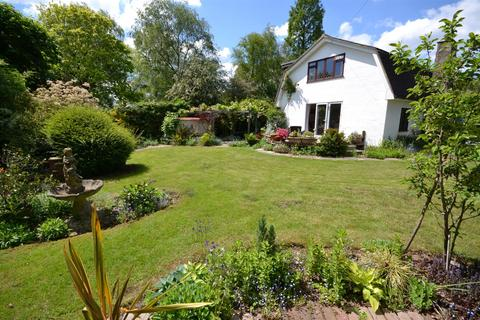 4 bedroom detached house for sale - The Common, East Hanningfield