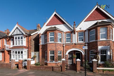 4 bedroom house for sale - Worcester Villas, Hove