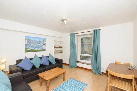 1 bedroom flat to rent - 37 Caledonian Place