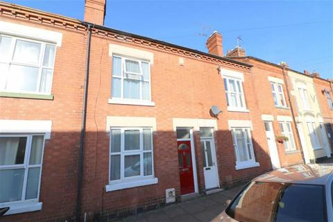 2 bedroom terraced house for sale - Montague Road, Clarendon Park, Leicester