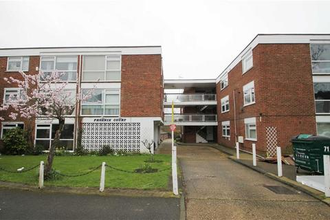 1 bedroom flat for sale - Phoenix Court, Chingford Avenue, Chingford