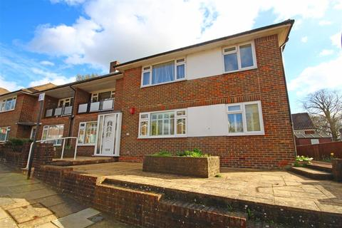 2 bedroom flat for sale - Surrenden Holt, Surrenden, Brighton